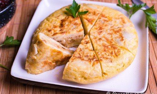 Spansk potatisomelett tapas Tortilla de patatas