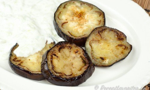 Stekt aubergine eller äggplanta med tzatziki