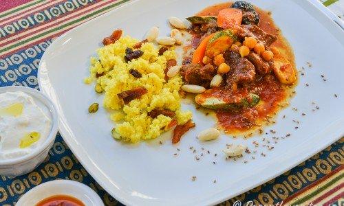 Tagine eller gryta blir jättegod med lamm och marockanska smaker.