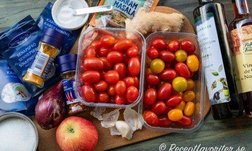 Ingredienser till tomatchutneyn