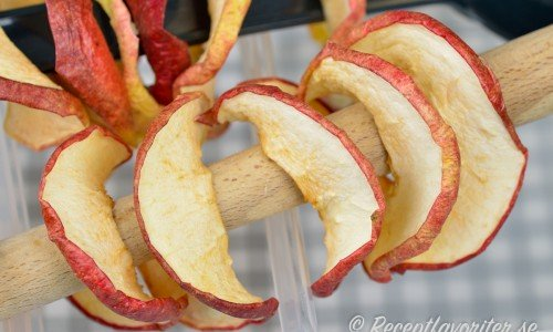 Torkade äppelringar eller äppelsnacks