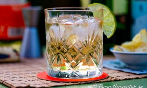 Towana Dream drink med is och lime