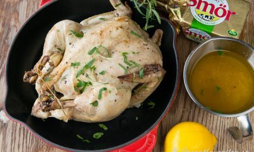 När du tagit av stekpåsen så har du god sky att göra sås på och en kyckling du ev. kan grilla av i ugnen för lite mer färg.