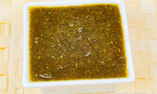 Valnötspesto i skål