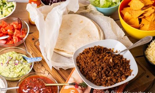 Vegetarisk tacobuffé med quornfärs eller sojafärs