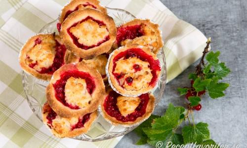 Vinbärskakornaär godatill fika, fest eller buffé.