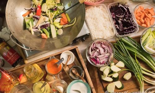 Ingredienser och wok