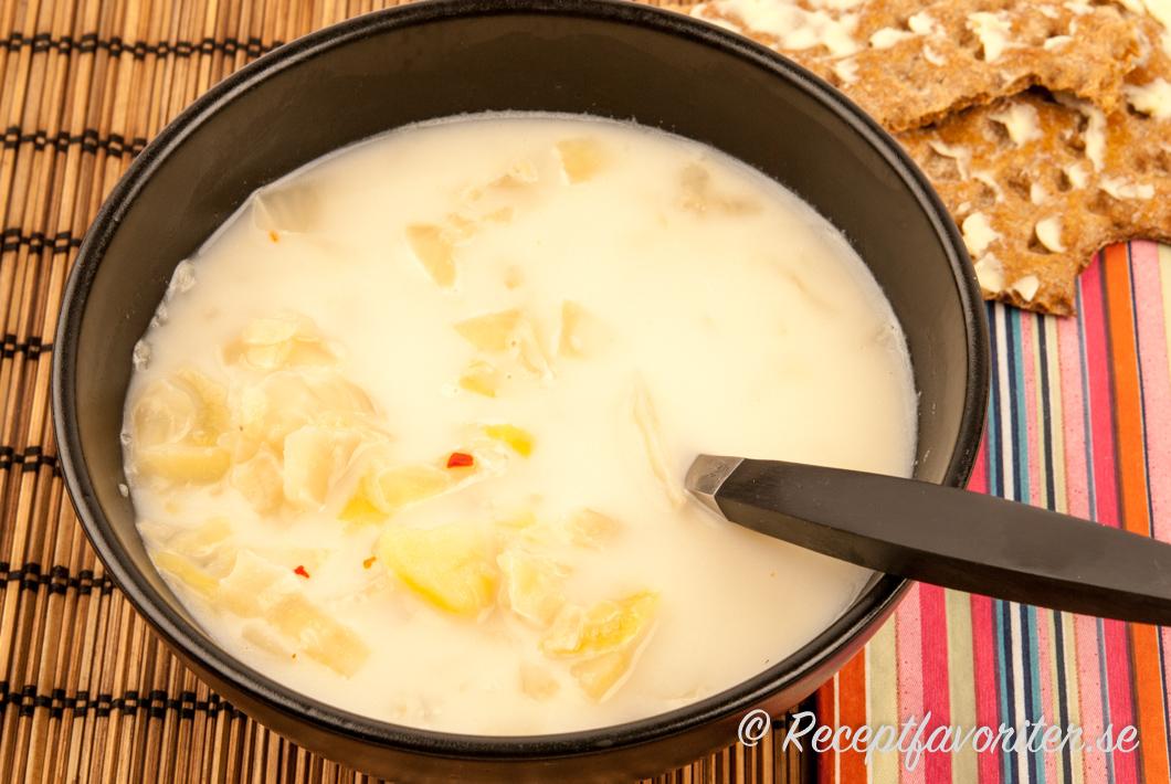 enkel kålsoppa recept