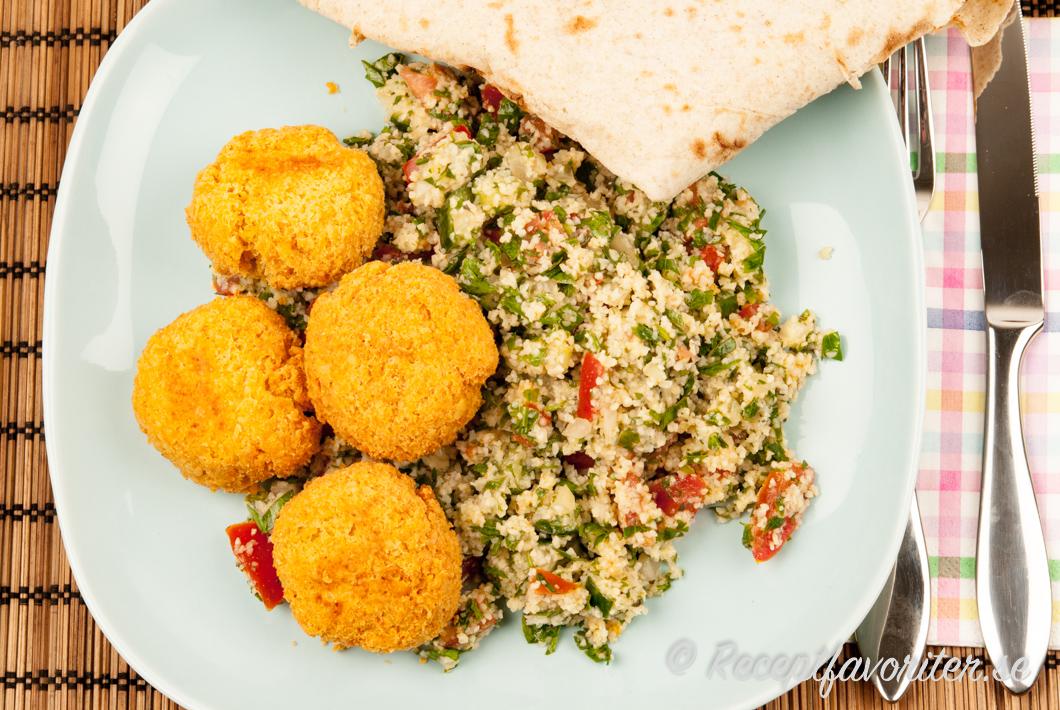 Falafel med tabbouleh och libabröd