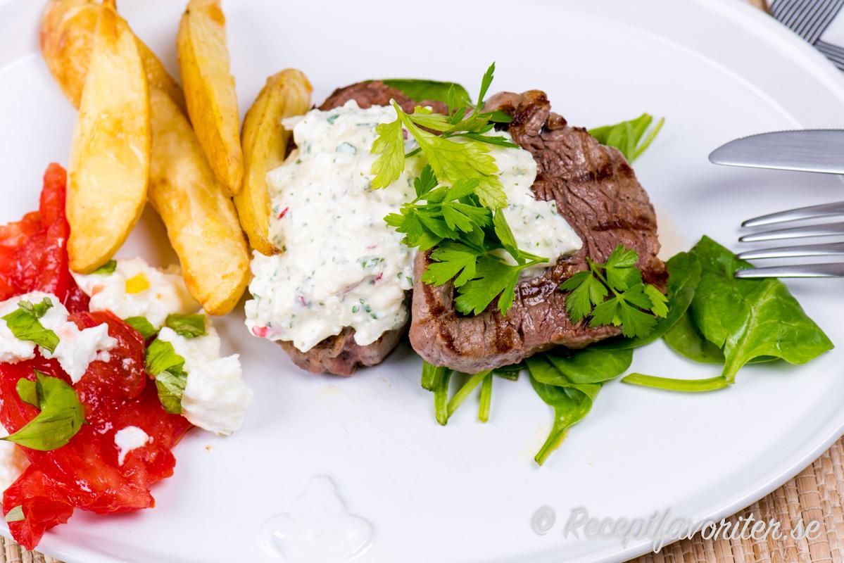 Salt fetaost är gott till kött som oxfilé.