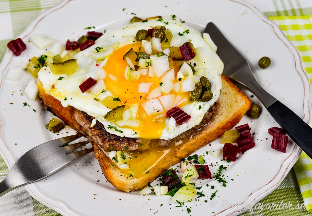 Parisersmörgås på tallrik