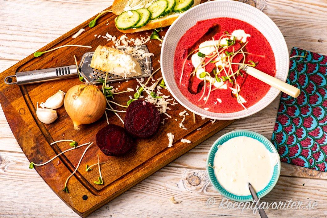 Snabb och lättlagad soppa med rödbetor